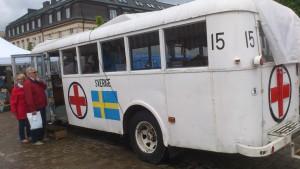 Röda Korsets Volvobuss som under slutet av andra världskriget var med och befriade över 15 000 fångar från koncentrationsläger. Kommer till Dalénmuseet 15-21 augusti 2015. BILD: ELIN ANDERSSON